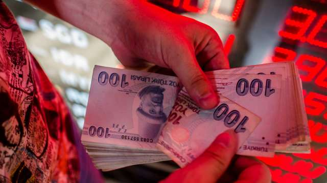 進場干預也無濟於事 土耳其里拉匯率寫紀錄新低(圖:AFP)
