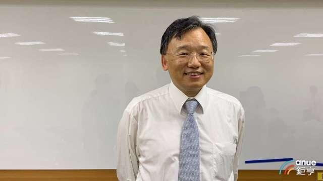 晶電董事長李秉傑當選新控股公司富采投控董座。(鉅亨網記者林薏茹攝)
