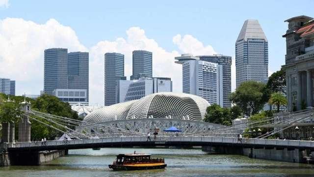 新加坡第2季GDP萎縮42.9% 遠差於官方預估(圖:AFP)