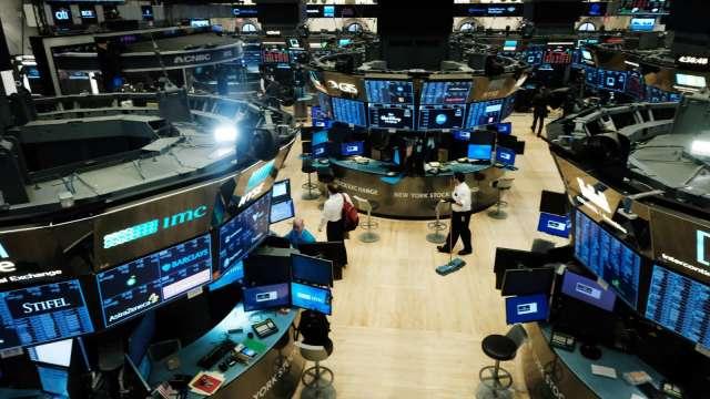 〈美股盤後〉科技股空軍來襲 尾盤回吐漲幅 標普七連升止步。(圖片:AFP)