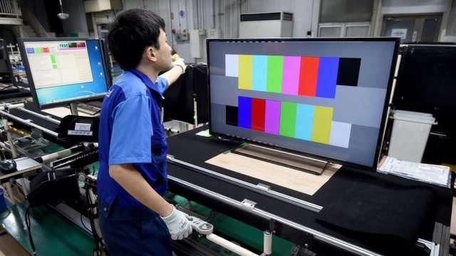 全球電視市場復甦 7月LCD面板價格創新高(圖:AFP)