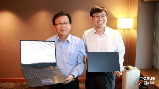 華碩共同執行長許先越(右)、胡書賓(左)。(鉅亨網資料照)