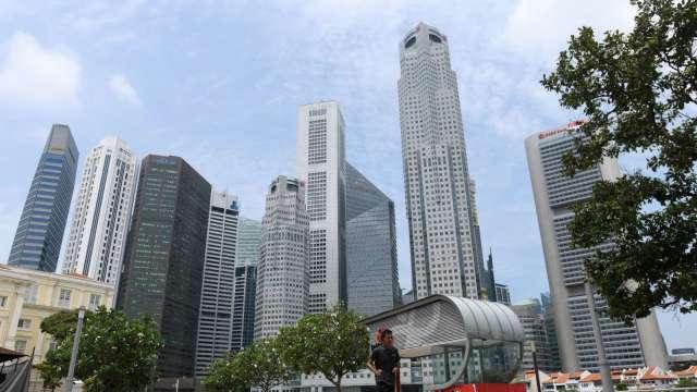 新加坡央行:金融業下半年恐面臨更多失業威脅 (圖:AFP)