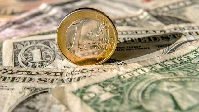 歐元淨多單連3週創新紀錄 投機者仍看衰美元(圖:AFP)