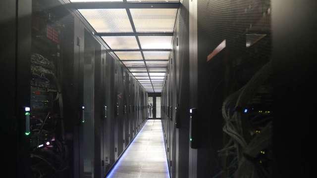 企業雲端採購放緩,Q3伺服器出貨估季減4.9%。(圖:AFP)