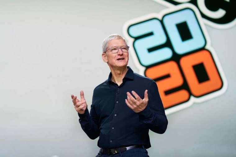 2017 年庫克制定雄心勃勃營收成長目標,希望蘋果到2020 年把 2016 年的服務營收翻倍 (圖片:AFP)