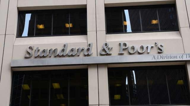 標準普爾:遭美硬「下架」的中資企業信評不受影響(圖片:AFP)