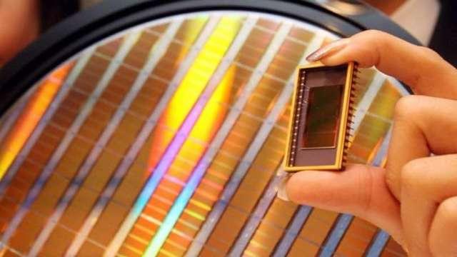 中國半導體新政 六年內晶片自給率要達70%(圖片:AFP)