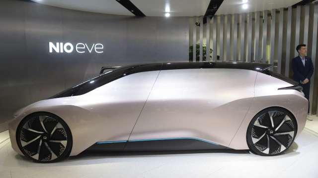 拓展車電分離業務 蔚來宣布推出「BaaS」電池租賃服務 (圖:AFP)