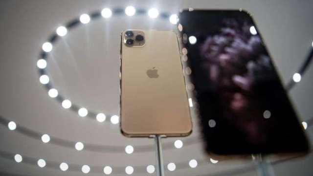 台灣7月手機銷售量月增24% 前十名未見5G機種。(圖:AFP)