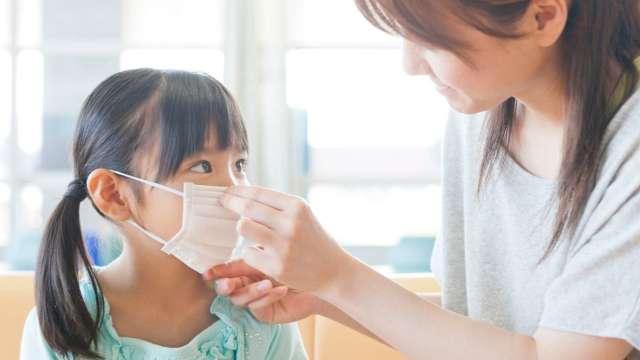 開學季防疫嚴陣以待 3階段保單為孩子撐起保障傘。(圖:全球人壽提供)
