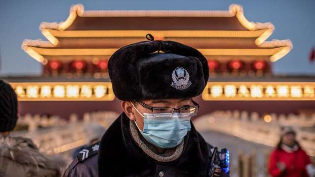 中國製個人防護裝備 在各國進口市占激增 (圖片:AFP)