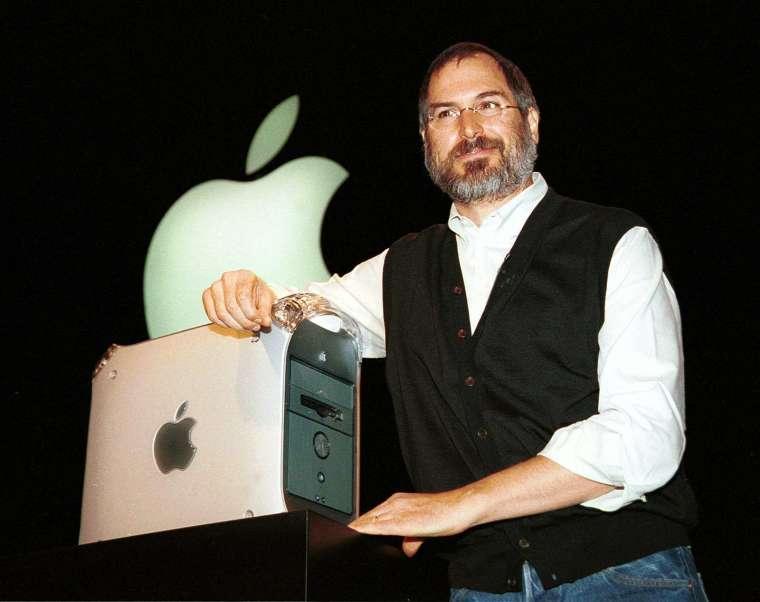賈伯斯透過一系列的產品,幫助蘋果從破產邊緣中死裡逃生。(圖片:AFP)