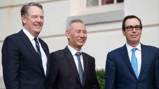 USTR:美中貿易代表通話樂觀 第一階段協議取得進展 (圖:AFP)