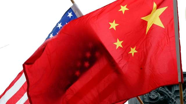標普:中美貿易爭端加劇 經濟風險持續上升(圖片:AFP)