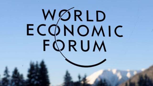 疫情安全考量 2021年達沃斯世界經濟論壇延後至夏季舉行 (圖:AFP)