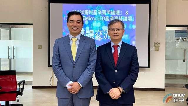 友達總經理柯富仁(左)、群創總經理楊柱祥(右)。(鉅亨網記者劉韋廷攝)