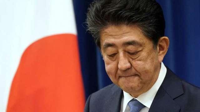 安倍宣布因健康因素辭去首相 黨內將展開繼任者之爭(圖:AFP)