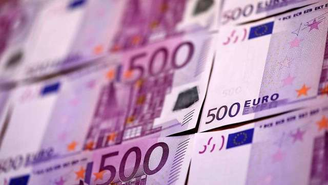 投機者歐元多頭部位創史上新高 對美元加碼看空(圖:AFP)