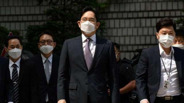 三星少主李在鎔遭南韓檢方起訴 涉操縱股價和瀆職(圖:AFP)