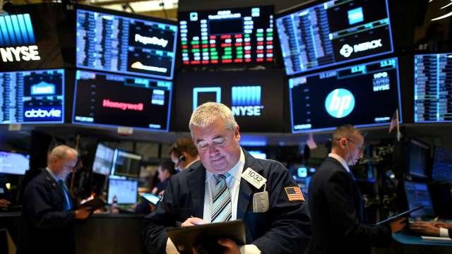 〈美股盤後〉公用事業類股回神 道瓊重返29000大關。(圖片:AFP)