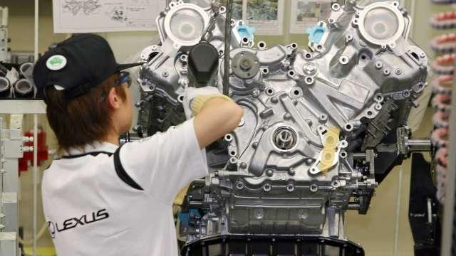 全球汽車產業原物料價格普遍上揚 (圖片:AFP)