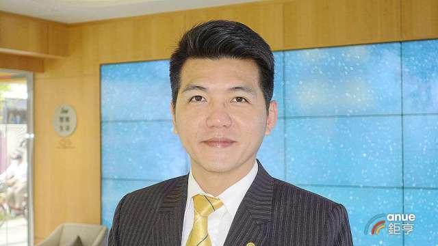永慶房產集團業管部資深經理謝志傑。(鉅亨網記者張欽發攝)