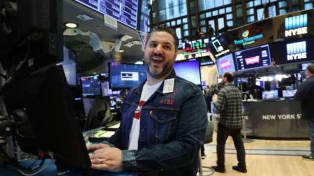 〈美股盤後〉科技股4月來最強漲勢 道瓊反彈逾400點 費半勁揚2.9% (圖:AFP)
