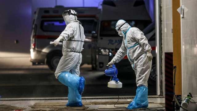 感染率低?美國將停止對旅客加強篩檢、取消班機降落限制(圖片:AFP)