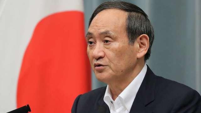 菅義偉:今後10年消費稅無調漲必要 維持安倍晉三路線 (圖片:AFP)