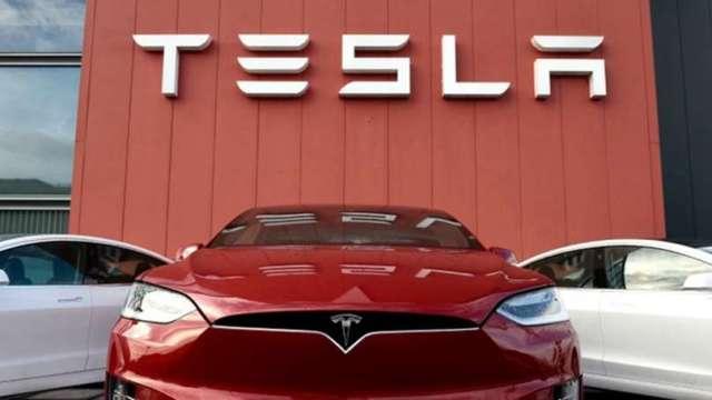 馬斯克預告:特斯拉電池日會讓大家眼睛一亮 (圖片:AFP)