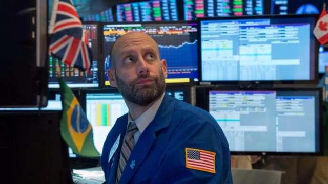 黑石: 利率回升+基本面不佳 美股將進入「失落的十年」(圖:AFP)