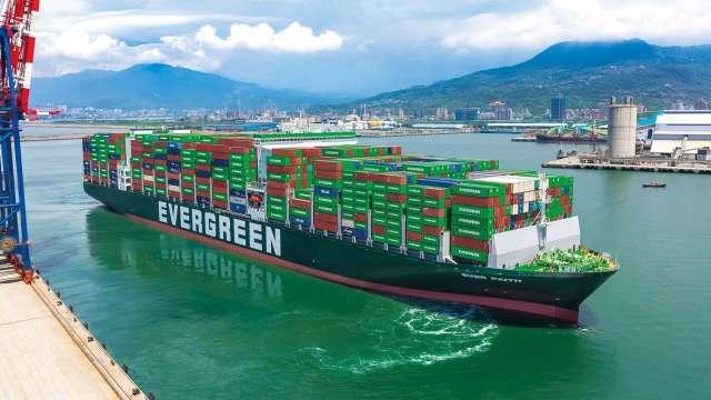 長榮配合北美市場的需求將投入12000 TEU級F型貨櫃輪。(圖:長榮提供)