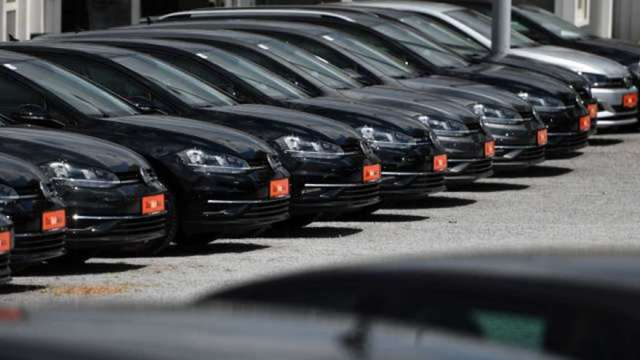 車市真回溫?  ACEA:歐洲7、8月新車註冊與銷售出現下滑(圖:AFP)