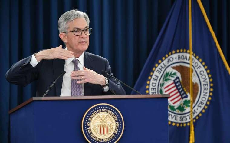 Fed 主席鮑爾在週三記者會上呼籲國會採取行動 (圖片:AFP)
