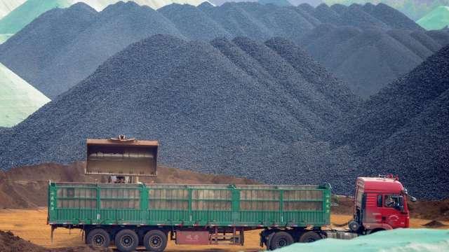 分析師:下一輪經濟復甦將由基建推動 原物料市場利多 (圖:AFP)