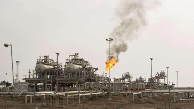 巴克萊:下行空間有限 上調今年油價預估至43美元(圖片:AFP)