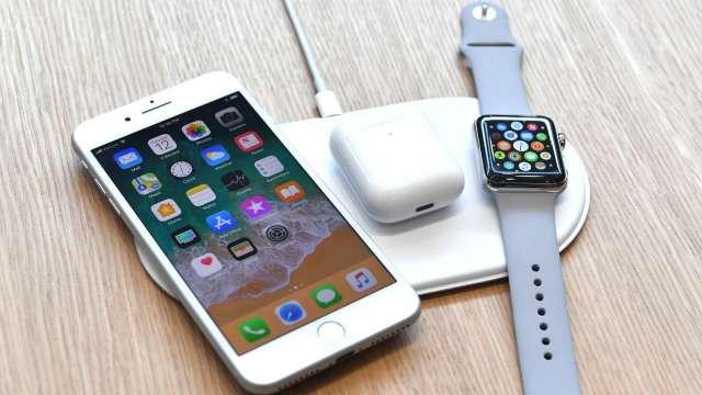 三星無線充電板Trio上市 蘋果AirPower仍不見蹤影 (圖片:AFP)