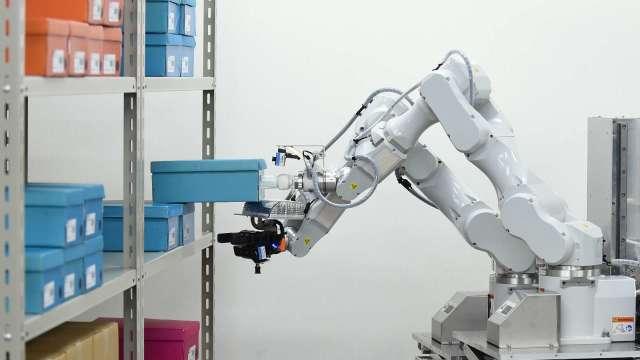 日本物流機器人市場 預估10年內成長近8倍 (圖片:AFP)