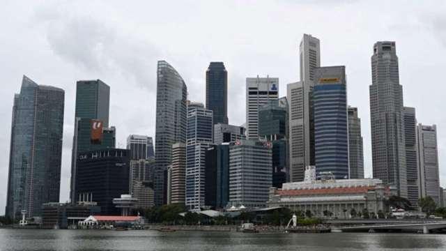 外籍工作者出走 新加坡人口下滑17年首見 (圖:AFP)