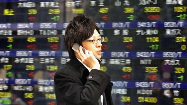 日本思夢樂上修財測 網路商店10月上線 (圖片:AFP)