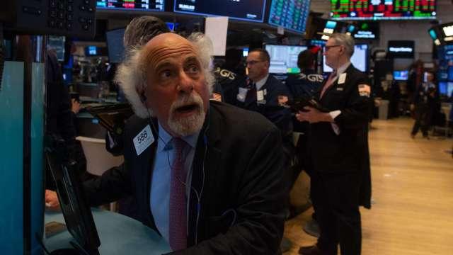 美股9月盤中拋售壓力大 數據:上午10-11點最嚴重(圖:AFP)