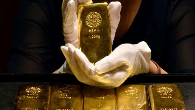 瑞銀:黃金近期走弱 反而提供很好的進場點(圖:AFP)
