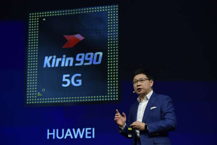 (圖片: AFP) 華為 2019 年推出的麒麟 990 5G 晶片