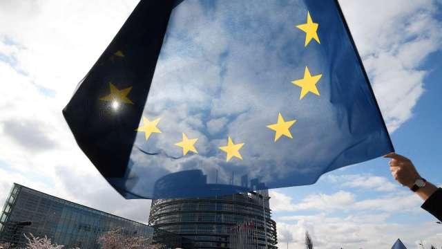歐盟年底推《數位服務法》 預計逼迫科技巨頭分享客戶數據(圖:AFP)