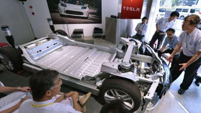 美國政府入股電車電池金屬公司 以擺脫對中國鎳、鈷依賴(圖:AFP)