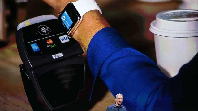 蘋果下一座金礦在哪?分析師:Pay、Card、Cash!(圖片:AFP)