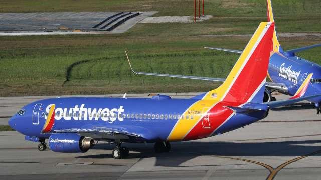 西南航空要求工會接受減薪 以避免無薪假和裁員(圖片:AFP)
