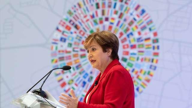 IMF總裁:全球經濟已較6月好轉 但復甦之路漫漫 (圖:AFP)