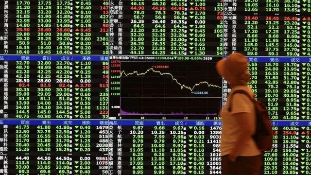 外資9月由亞洲股市撤資 台灣、南韓為重災區(圖:AFP)